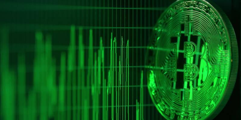 En directo: Bloomberg dice que Bitcoin alcanzará los $ 14,000 en 2020 gracias al oro