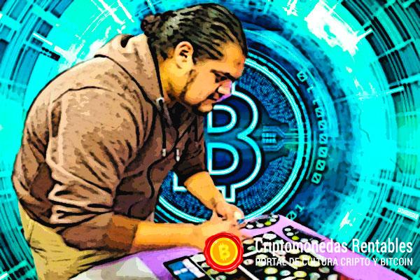 """Juan Limón de CryptoPlay: """"Blockchain podría ayudar a crear una sociedad y un gobierno más transparente"""" [Entrevista]"""